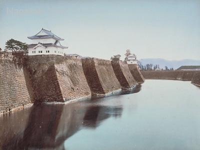 Раскрашенное фото Кусакабе Кимбей «Крепость в Осаке».